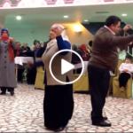 Niğde Köy Düğününde Harika Mektebin Bacaları Oyunu